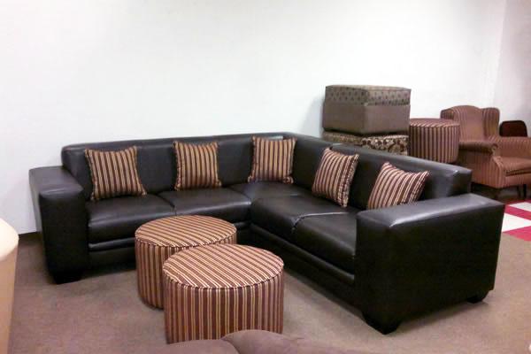 Bachelor Corner Lounge